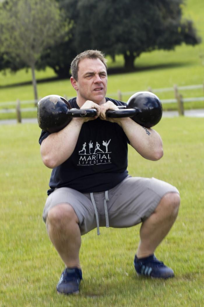 комплекс упражнений в домашних условиях для мужчин