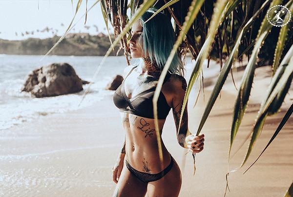Как познакомиться с девушкой на пляже?