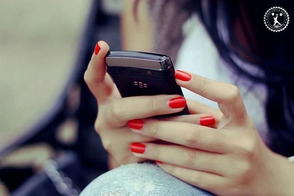 Как признаться девушке, что она нравится мне через социальную сеть?