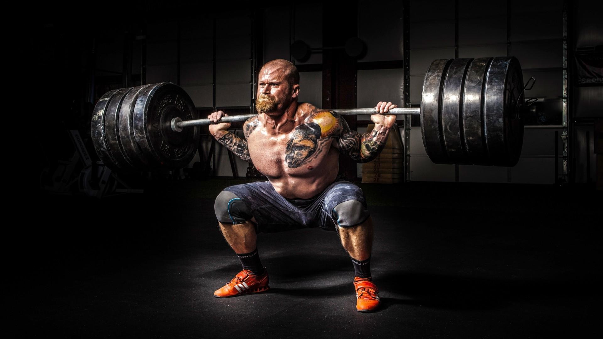 Самые крутые комплексы упражнений для ног мужчинам