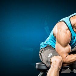 Упражнения на бицепс с гантелями в домашних условиях и тренажёрном зале – лучшие варианты подъёмов и сгибаний